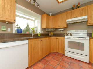 Photo 11: 1419 Ridgemount Dr in COMOX: CV Comox (Town of) House for sale (Comox Valley)  : MLS®# 724879