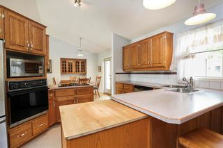 Photo 12: 79 Des Intrepides Promenade in Winnipeg: St Boniface Residential for sale (2A)  : MLS®# 202114408