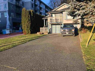 "Photo 3: 653 MORRISON Avenue in Coquitlam: Coquitlam West House for sale in ""WEST COQUITLAM"" : MLS®# R2532076"