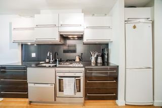 Photo 5: 204 718 MAIN Street in Vancouver: Strathcona Condo for sale (Vancouver East)  : MLS®# R2614760