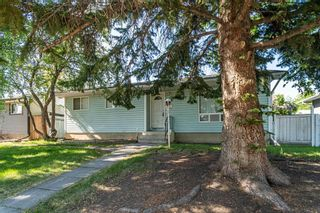 Photo 2: 204 Foritana Road SE in Calgary: Forest Heights Detached for sale : MLS®# A1116500