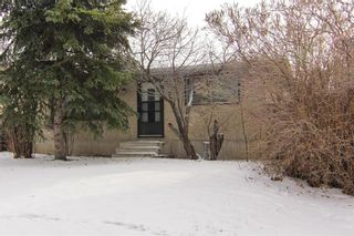 Photo 1: 3244 31A Avenue SE in Calgary: Dover House for sale : MLS®# C4145966