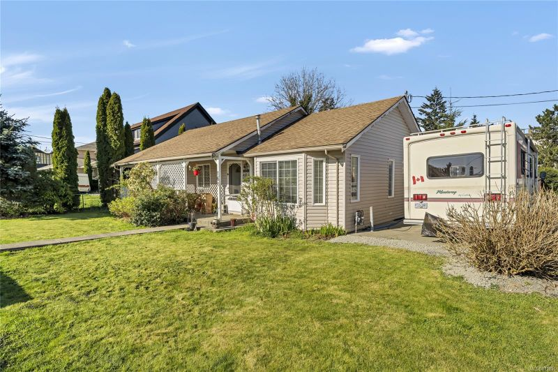 FEATURED LISTING: 161 McKinstry Rd