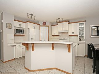 Photo 15: 78 DOUGLAS WOODS Gardens SE in Calgary: Douglasdale/Glen House for sale : MLS®# C4121688
