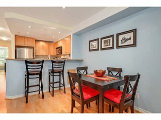 "Photo 4: 15 1073 LYNN VALLEY Road in North Vancouver: Lynn Valley Townhouse for sale in ""RIVER ROCK"" : MLS®# V1108053"