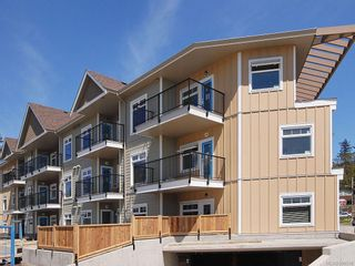 Photo 5: 306 21 Conard St in View Royal: VR Hospital Condo for sale : MLS®# 588598