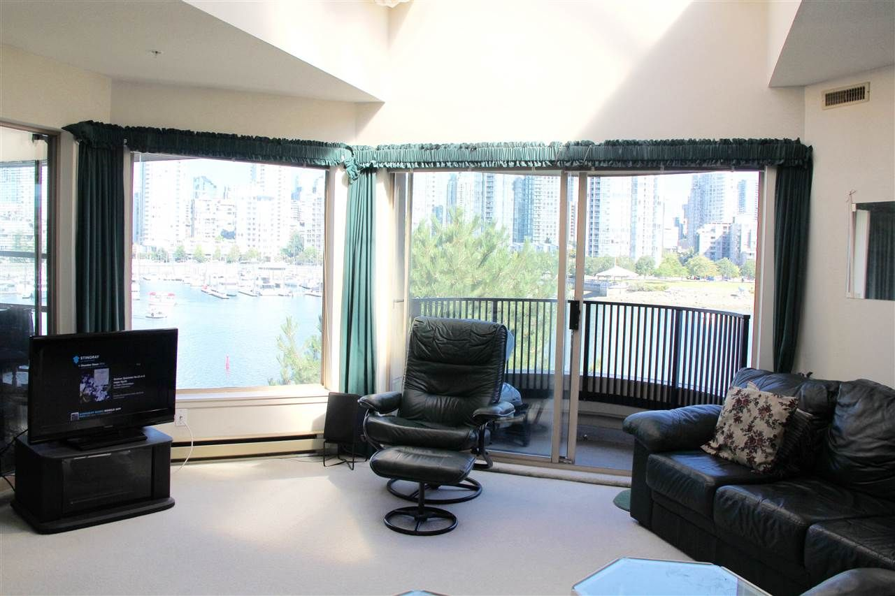 Photo 2: Photos: 411 1859 SPYGLASS Place in Vancouver: False Creek Condo for sale (Vancouver West)  : MLS®# R2100993