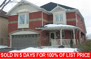 Main Photo: 11 Napier Court in Brooklin: Freehold for sale