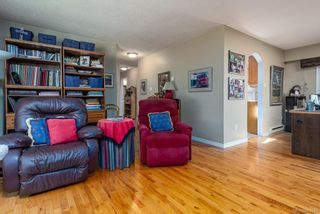 Photo 11: 2684 Meadowbrook Crt in : CV Courtenay North House for sale (Comox Valley)  : MLS®# 881645