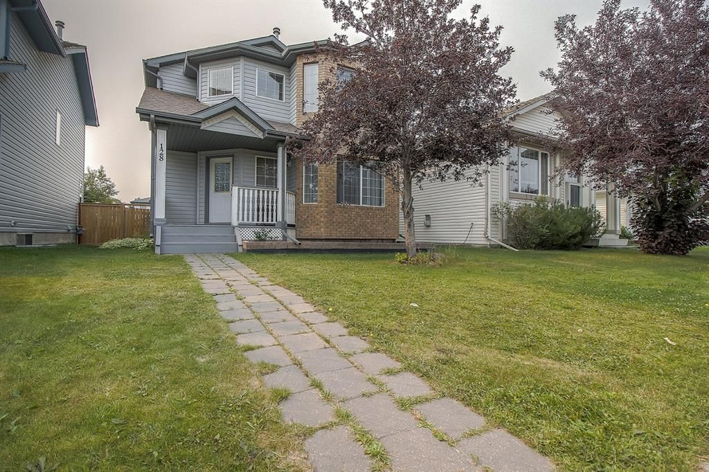Main Photo: 128 Mt Aberdeen Circle SE in Calgary: McKenzie Lake Detached for sale : MLS®# A1131122