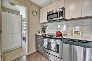 Photo 5: 2101 13303 CENTRAL Avenue in Surrey: Whalley Condo for sale (North Surrey)  : MLS®# R2613547