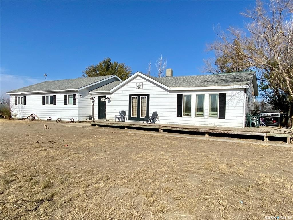 Main Photo: South Wiseton Acreage in Elrose: Residential for sale : MLS®# SK873952
