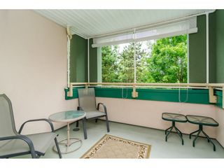 "Photo 15: 322 13880 70 Avenue in Surrey: East Newton Condo for sale in ""Chelsea Gardens"" : MLS®# R2348345"