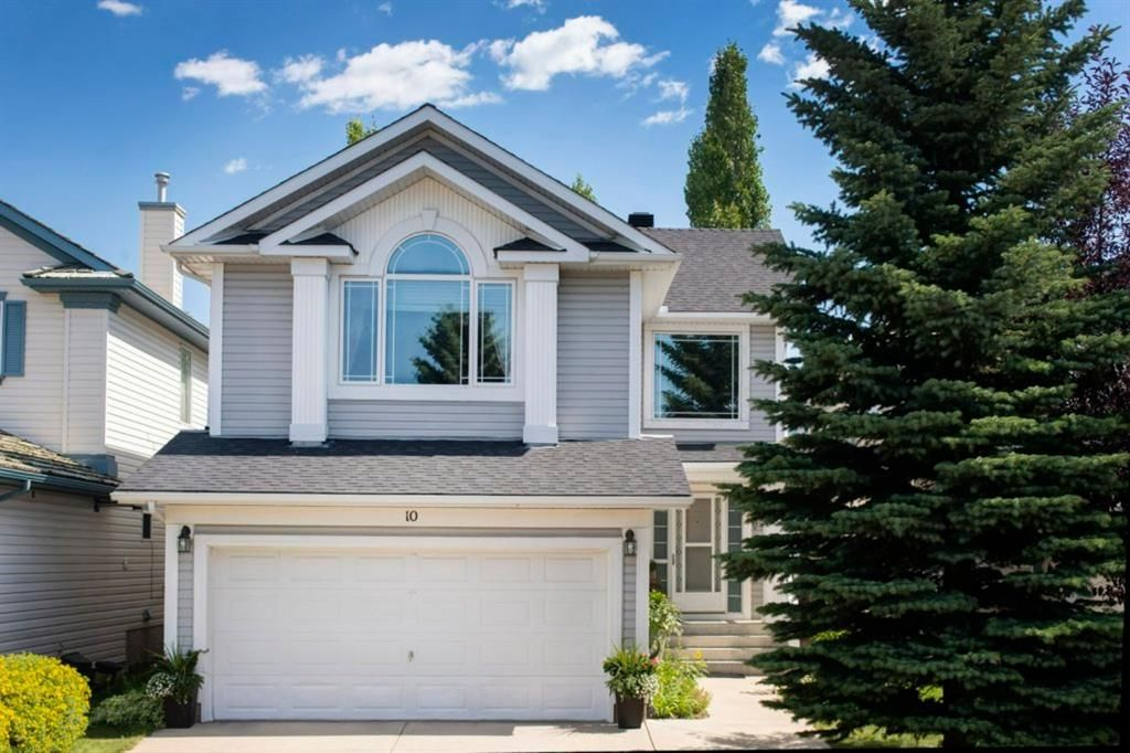 Photo 1: Photos: 10 MT BREWSTER Circle SE in Calgary: McKenzie Lake Detached for sale : MLS®# A1025122
