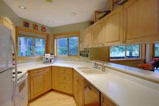 """Photo 5: 6467 ST ANDREWS Way in Whistler: Whistler Cay Heights 1/2 Duplex for sale in """"WHISTLER CAY HEIGHTS"""" : MLS®# R2145473"""