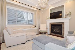 """Photo 9: 2460 LLOYD Avenue in North Vancouver: Pemberton Heights House for sale in """"PEMBERTON HEIGHTS"""" : MLS®# R2030093"""