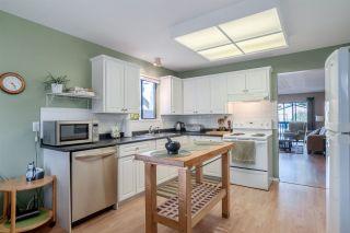 Photo 5: 6731 BAKER Road in Delta: Sunshine Hills Woods House for sale (N. Delta)  : MLS®# R2276897