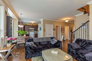 """Photo 10: 34745 3RD Avenue in Abbotsford: Poplar House for sale in """"HUNTINGDON VILLAGE"""" : MLS®# R2580704"""