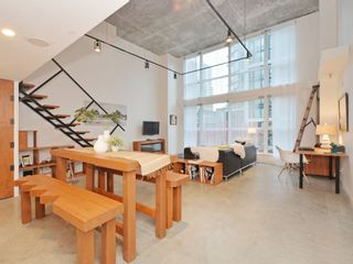 Main Photo: 304 1238 SEYMOUR STREET in Vancouver: Downtown VW Condo for sale (Vancouver West)  : MLS®# R2118705