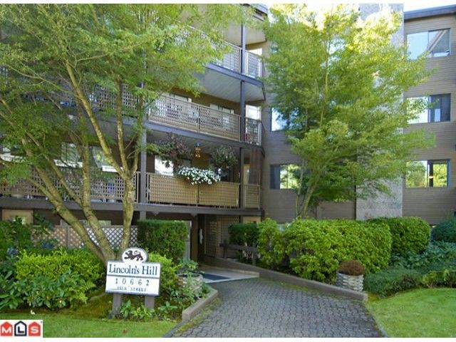 """Main Photo: 404 10662 151A Street in Surrey: Guildford Condo for sale in """"LINCOLN HILL"""" (North Surrey)  : MLS®# F1023055"""