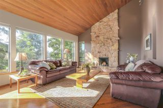 "Photo 3: 2633 TURRET Crescent in Coquitlam: Upper Eagle Ridge House for sale in ""UPPER EAGLERIDGE"" : MLS®# R2110589"