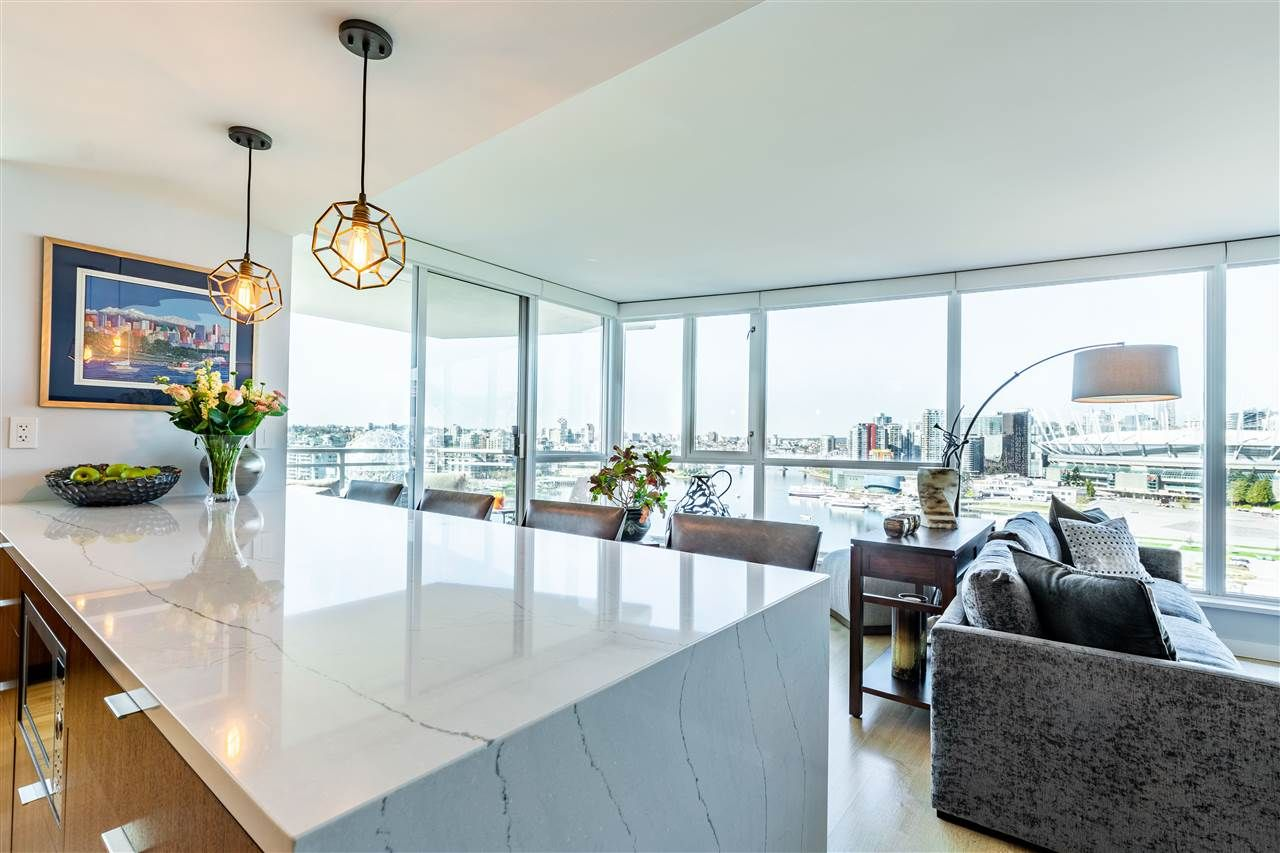 """Photo 19: Photos: 1605 120 MILROSS Avenue in Vancouver: Downtown VE Condo for sale in """"THE BRIGHTON BY BOSA"""" (Vancouver East)  : MLS®# R2568798"""