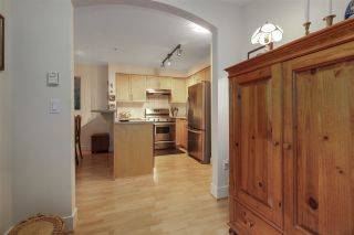 "Photo 10: 110 1868 W 5TH Avenue in Vancouver: Kitsilano Condo for sale in ""Greenwich"" (Vancouver West)  : MLS®# R2122472"