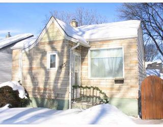Photo 1: 873 DUDLEY Avenue in WINNIPEG: Fort Rouge / Crescentwood / Riverview Residential for sale (South Winnipeg)  : MLS®# 2802364