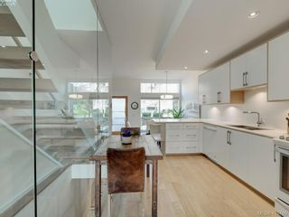 Photo 14: 403 Kingston St in VICTORIA: Vi James Bay Row/Townhouse for sale (Victoria)  : MLS®# 804968