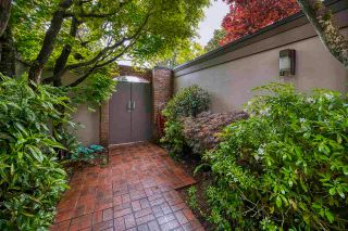 """Photo 4: 3281 POINT GREY Road in Vancouver: Kitsilano House for sale in """"ARTHUR ERIKSON"""" (Vancouver West)  : MLS®# R2580365"""