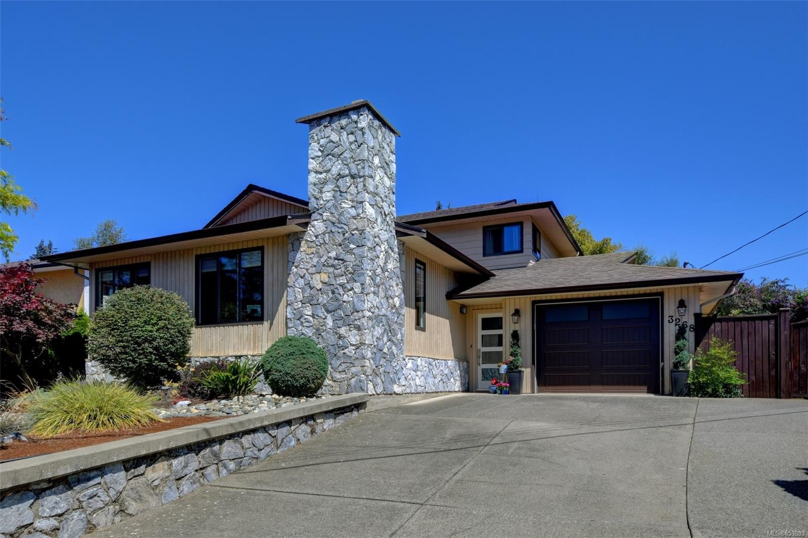 Main Photo: 3268 Kenwood Pl in : Co Wishart South House for sale (Colwood)  : MLS®# 853883