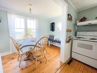Photo 6: 410 Upper Blandford Road in Deep Cove: 405-Lunenburg County Residential for sale (South Shore)  : MLS®# 202108018