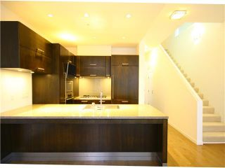 Photo 2: 5997 WALTER GAGE Road in Vancouver: University VW Condo for sale (Vancouver West)  : MLS®# V921502