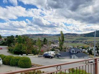 Photo 3: 6805 Cameo Drive, N in Vernon: House for sale : MLS®# 10241392