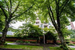 """Photo 33: 403 1566 W 13TH Avenue in Vancouver: Fairview VW Condo for sale in """"ROYAL GARDENS"""" (Vancouver West)  : MLS®# R2080778"""