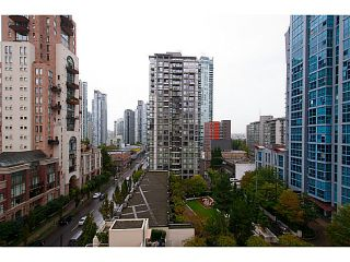 "Photo 6: 907 1225 RICHARDS Street in Vancouver: Downtown VW Condo for sale in ""Eden"" (Vancouver West)  : MLS®# V1086819"
