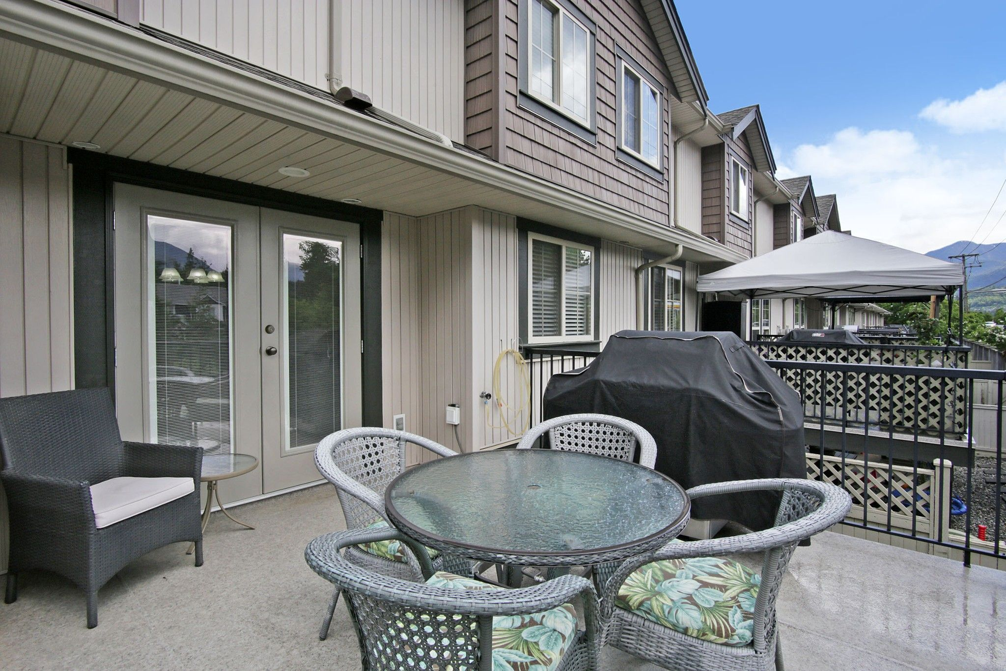 """Photo 25: Photos: 25 6450 BLACKWOOD Lane in Chilliwack: Sardis West Vedder Rd Townhouse for sale in """"THE MAPLES"""" (Sardis)  : MLS®# R2581381"""