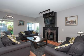 """Photo 6: 6568 CLAYTONWOOD Place in Surrey: Cloverdale BC House for sale in """"Clayton Hill"""" (Cloverdale)  : MLS®# R2327145"""