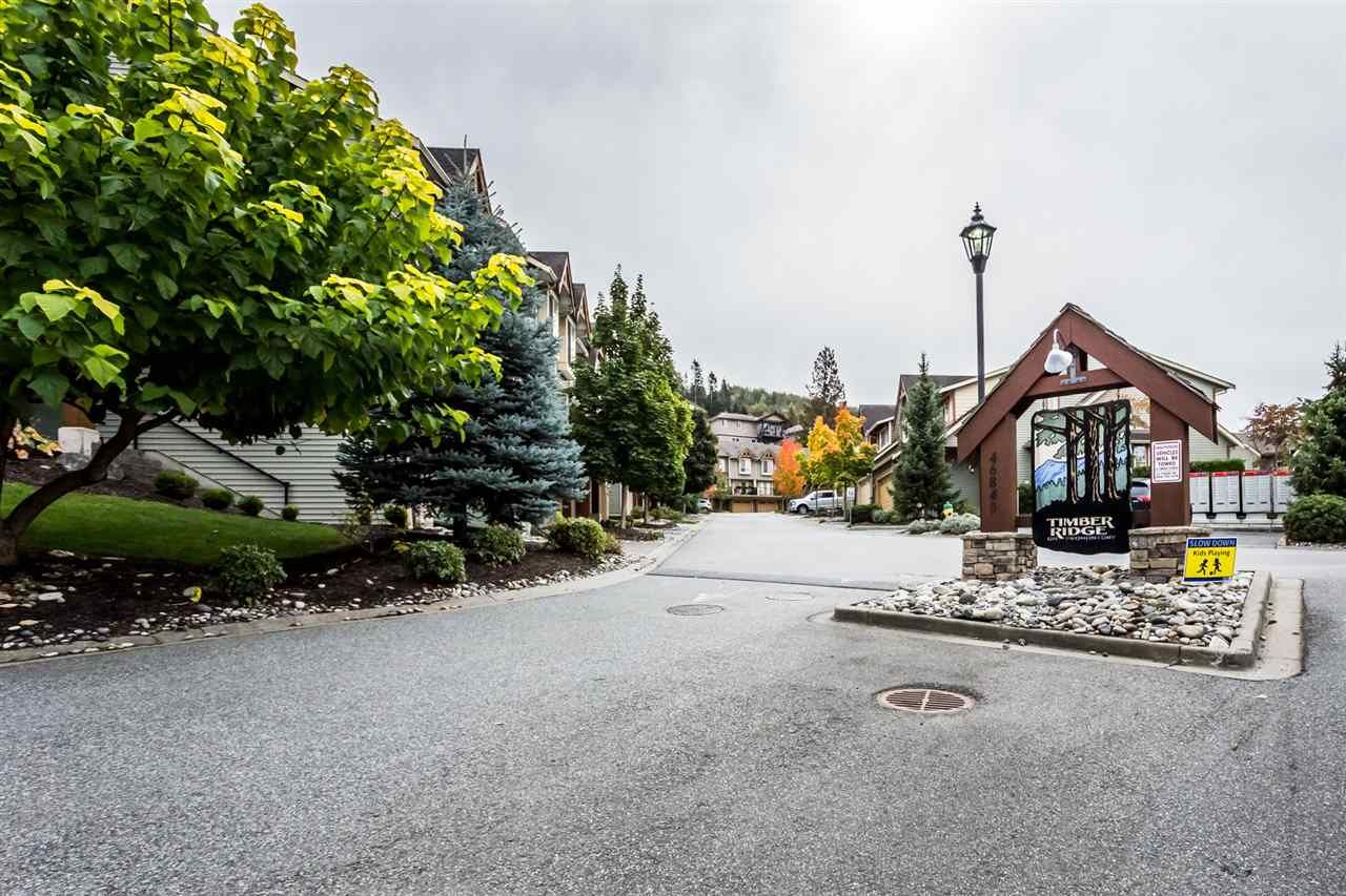 Main Photo: 58 46840 RUSSELL Road in Sardis: Promontory Townhouse for sale : MLS®# R2388930