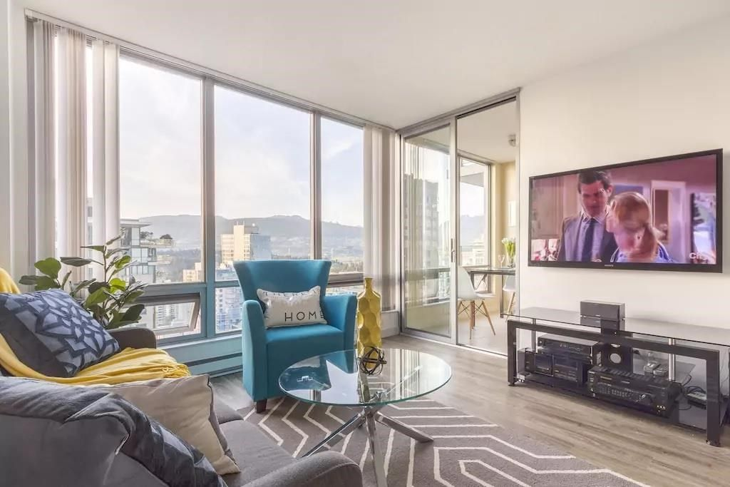 """Main Photo: 2901 1288 W GEORGIA Street in Vancouver: West End VW Condo for sale in """"Seasons"""" (Vancouver West)  : MLS®# R2586182"""