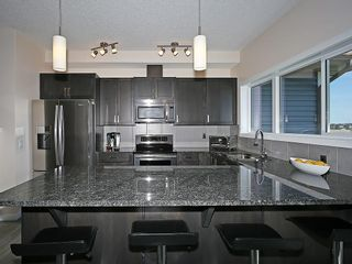 Photo 3: 451 HILLCREST Circle SW: Airdrie House for sale
