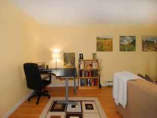 """Photo 15: 108 175 E 5TH Street in North Vancouver: Lower Lonsdale Condo for sale in """"WELLINGTON MANOR"""" : MLS®# V1121964"""