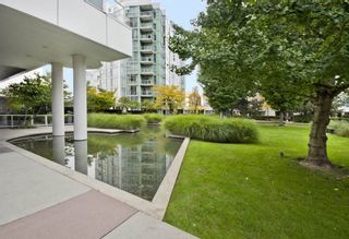 FEATURED LISTING: GR-3J - 1077 MARINASIDE Crescent Vancouver