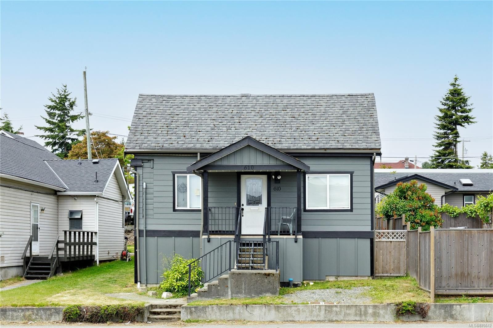 Main Photo: 610 Nicol St in : Na South Nanaimo House for sale (Nanaimo)  : MLS®# 876612