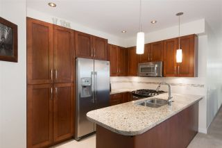 Photo 5: 302 116 W 23RD STREET in North Vancouver: Central Lonsdale Condo for sale : MLS®# R2033656