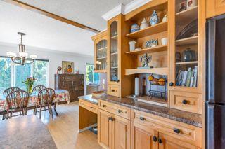 Photo 3: 213 49 Street in Delta: Pebble Hill House for sale (Tsawwassen)  : MLS®# R2612603