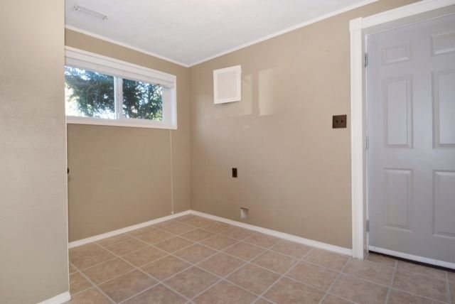 Photo 15: Photos: 104 HARVEY Street in New Westminster: The Heights NW House for sale : MLS®# R2124732
