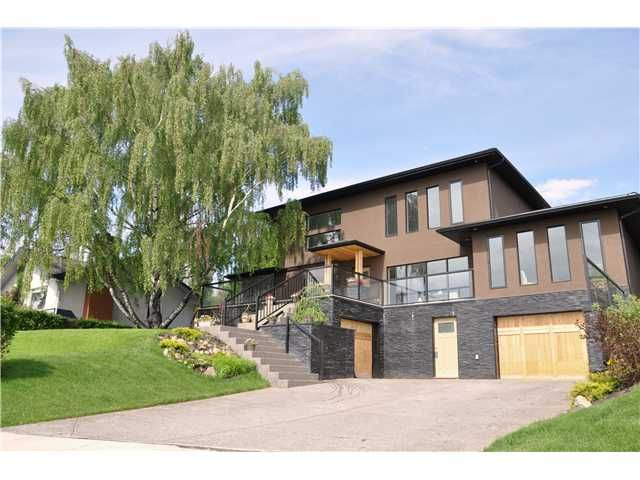 Main Photo: 31 HIGHWOOD Place NW in Calgary: Highwood Residential Detached Single Family for sale : MLS®# C3639703