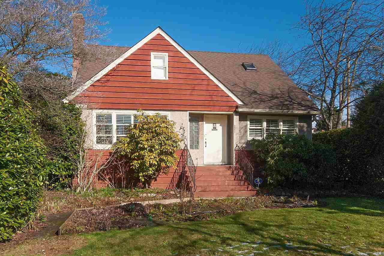 Main Photo: 3805 W 2ND Avenue in Vancouver: Point Grey House for sale (Vancouver West)  : MLS®# R2342813