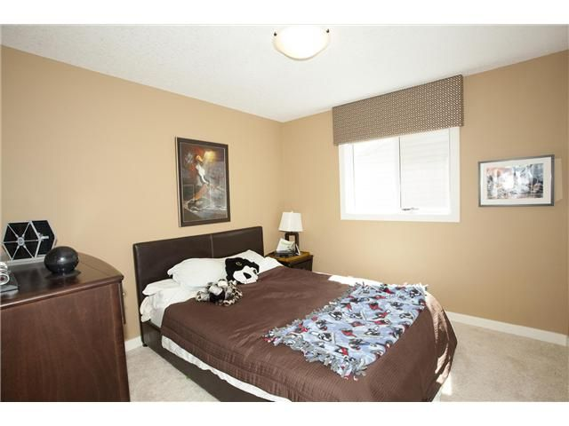 Photo 19: Photos: 309 EVERRIDGE Drive SW in CALGARY: Evergreen Residential Detached Single Family for sale (Calgary)  : MLS®# C3563849
